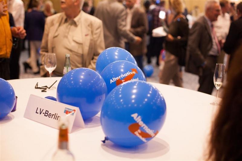 beatrix-von-storch-wahlkampfparty-europawahl-2014-014_14549033177_o