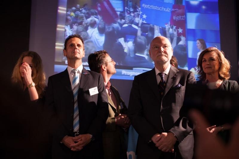 beatrix-von-storch-wahlkampfparty-europawahl-2014-034_14733108344_o